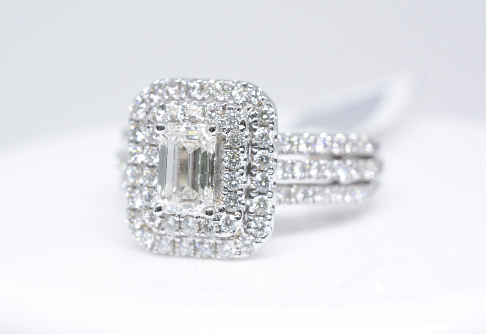 Ladies 14k White Gold Diamond Engagement Ring Image